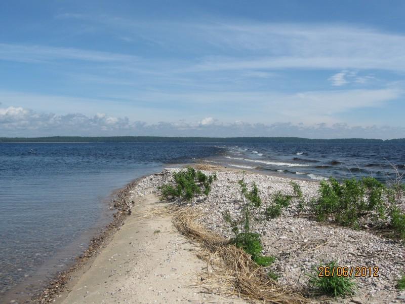 Megostrov saaren hieno pitkä hiekkasärkkä itäkärjessä