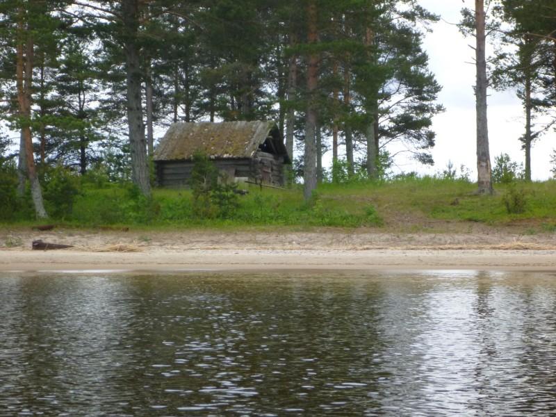 Meg-saaren vanha hirsinen kalamaja